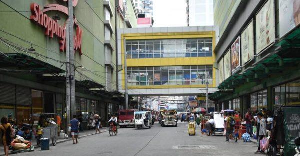 tiangge in the philippines - divisoria