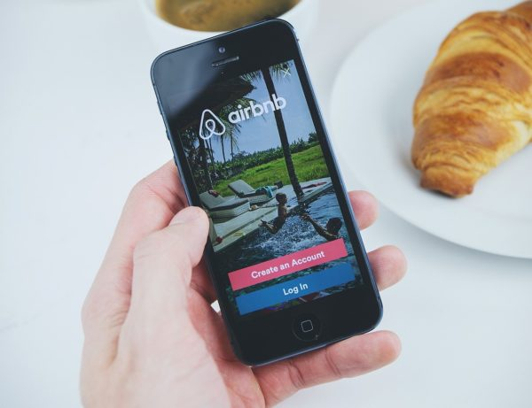 How Much Can I Earn with Airbnb Philippines - Airbnb Potential Income