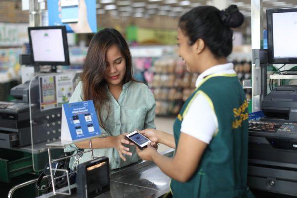 SM Hypermarket vs Puregold: Battle of the Brands - Convenience