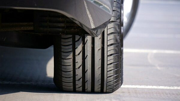 How to Take Care of Your Car During Lockdown - Keep the Tires Inflated