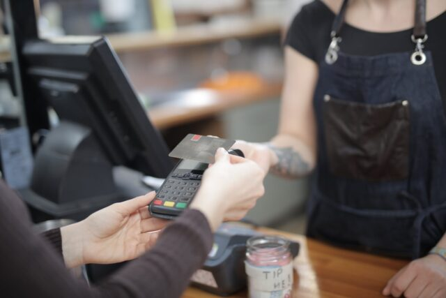 apply for a credit card now - contactless payment