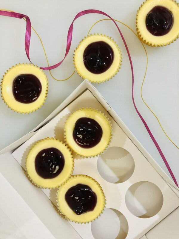 successful entrepreneurs in the Philippines - Lulu Blue Cakes Blueberry Cheesecake Cups